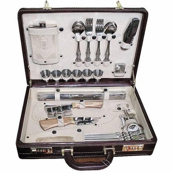 Подарочный набор в чемодане № 4