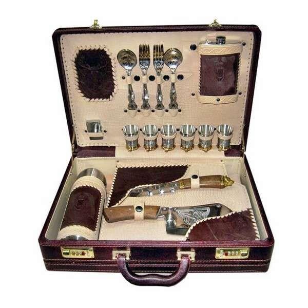Подарочный набор для шашлыка в чемодане Юбилейный