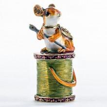 Шкатулка подарочная «Мышка с иголкой»