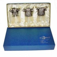 Подарок к новому году мужчине стопки перевертыши Три быка в коробке
