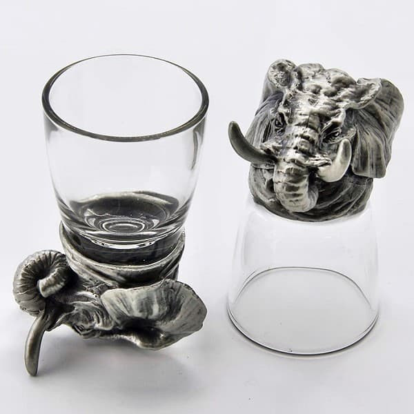 Рюмки перевертыши с фигурками слонов из олова
